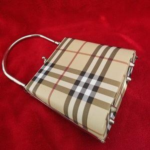 Handbags - Burrbery Style purse